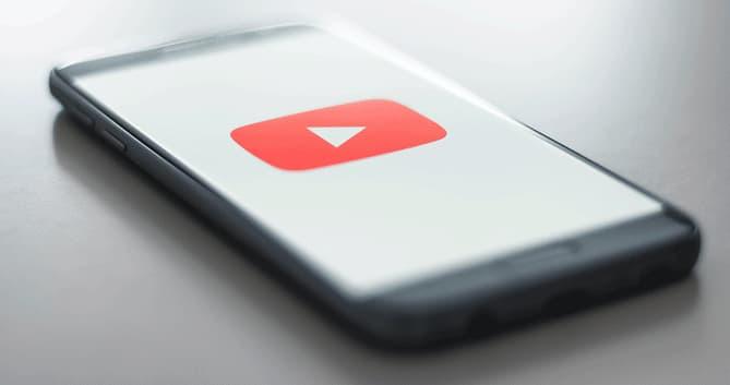 Combien de vues pour vivre de sa chaîne youtube?